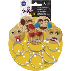 Mini Treatoji cookie cutter set in packaging
