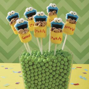 Cookie Monster's Cookie Jar Marshmallow Pops