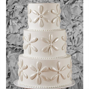 Shining Mega Flowers Wedding Cake