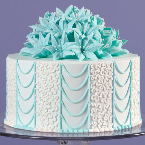 Lovely Lilies and Lace Cake