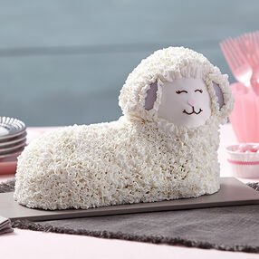 Easter Fluffy 3-D Lamb Cake