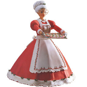Mrs. Claus Welcomes You Cake