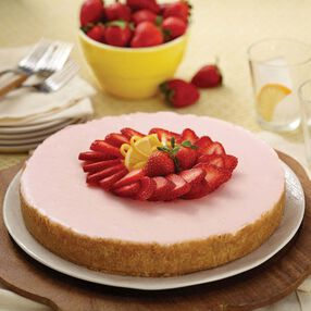 No-Bake Strawberry Lemonade Cheesecake