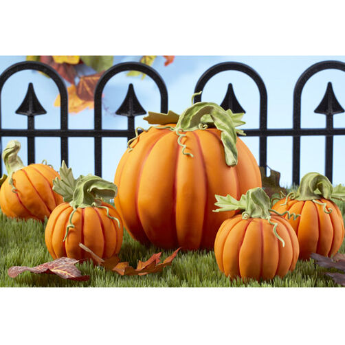 Pick of the Harvest Pumpkin Patch Cakes