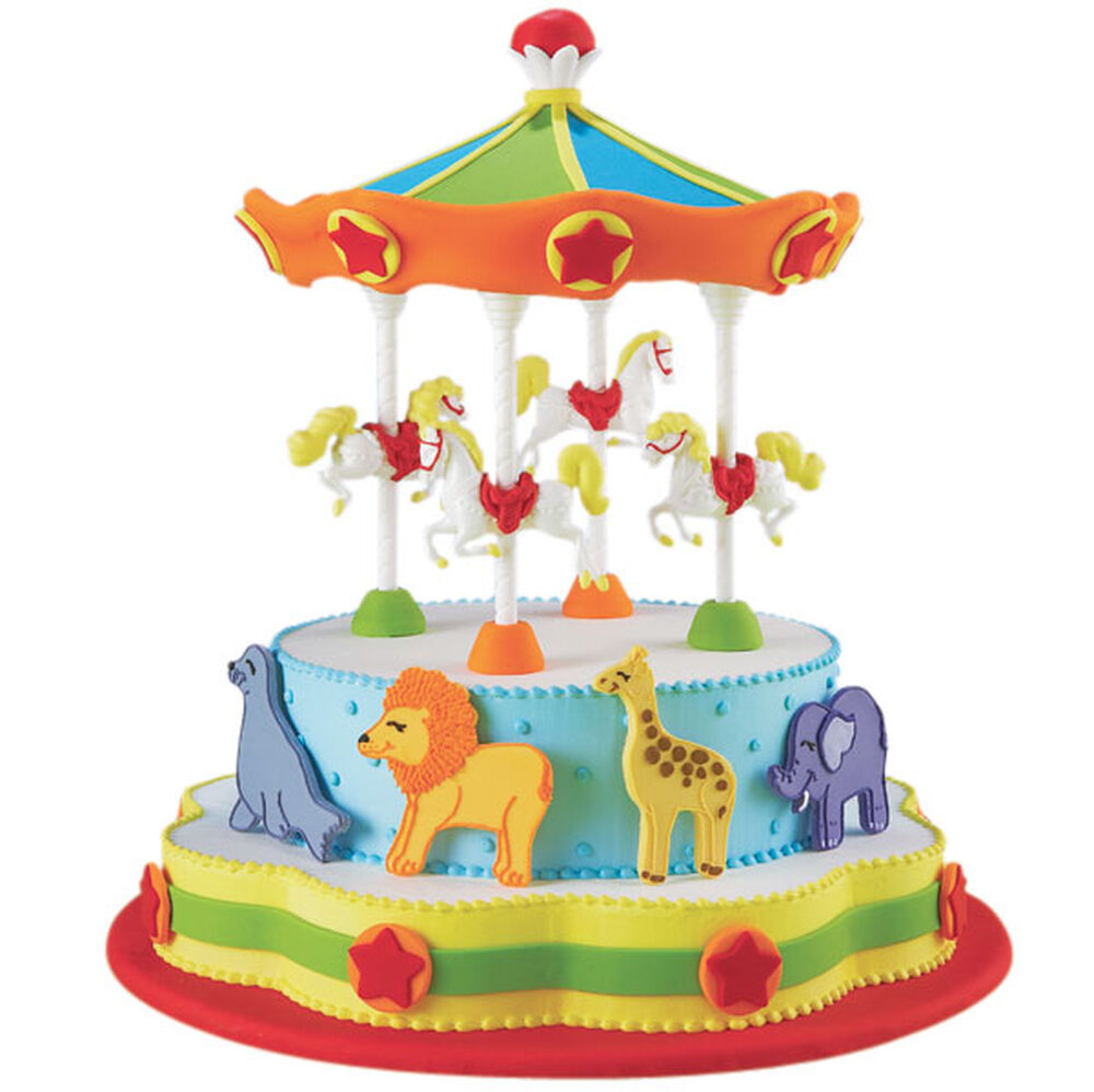 The Whole Circus Turned Out Cake Wilton