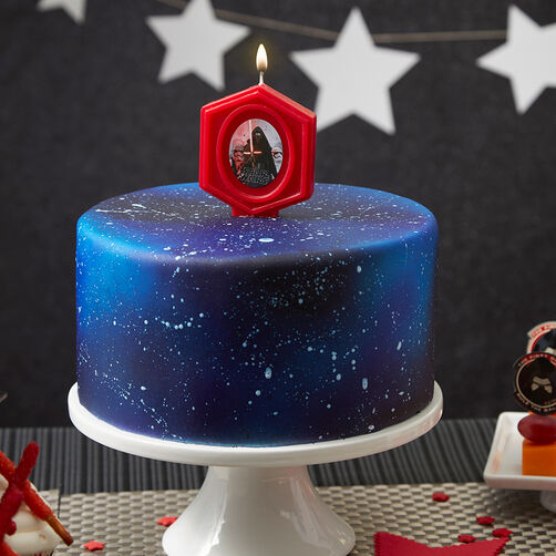 Star wars space cake wilton for Cake decorations outer space