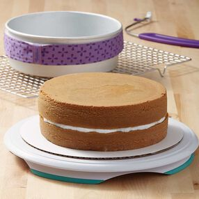 How to Fill & Layer a Cake