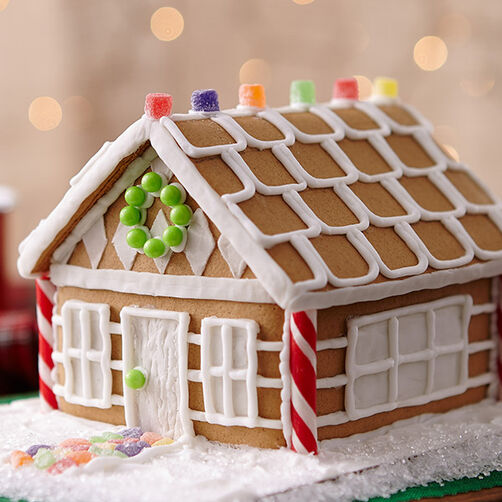 Christmas Gingerbread House Cottage Wilton - Christmas gingerbread house