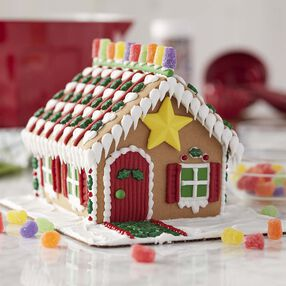 Star of the Holidays Gingerbread House #1