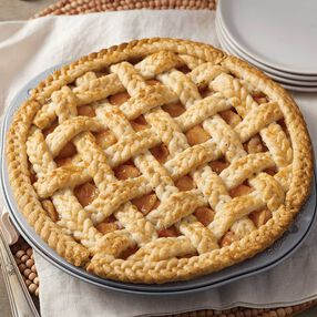 Wilton Braided Peach Pie