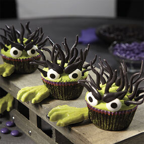 Halloween Monster Cupcakes With Candy Hands