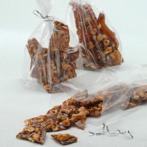 Sweet & Spicy Nut Brittle