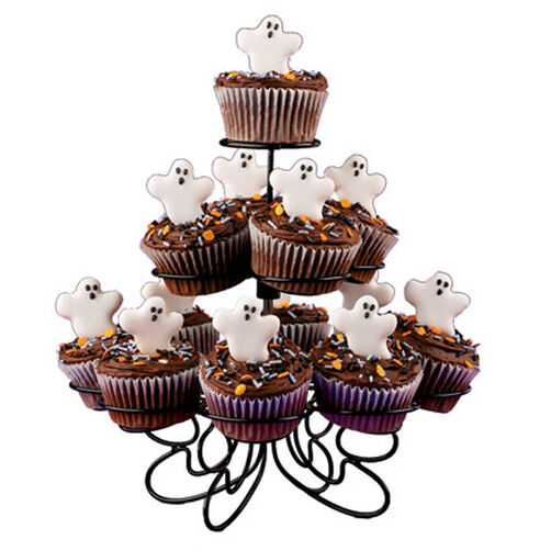 Gruesome Ghost Cupcakes