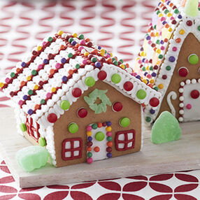 Little Cottage Gingerbread House