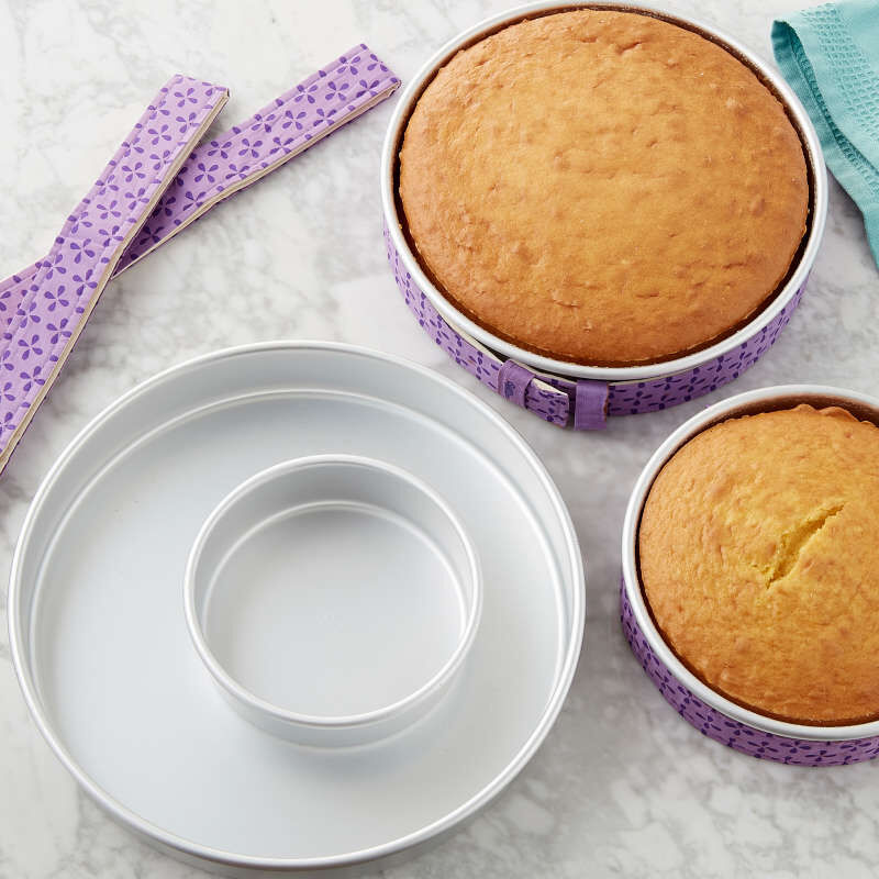Bake-Even Strips and Round Cake Pan Set, 8-Piece - 6, 8, 10, and 12 x 2-Inch Aluminum Cake Pans image number 3
