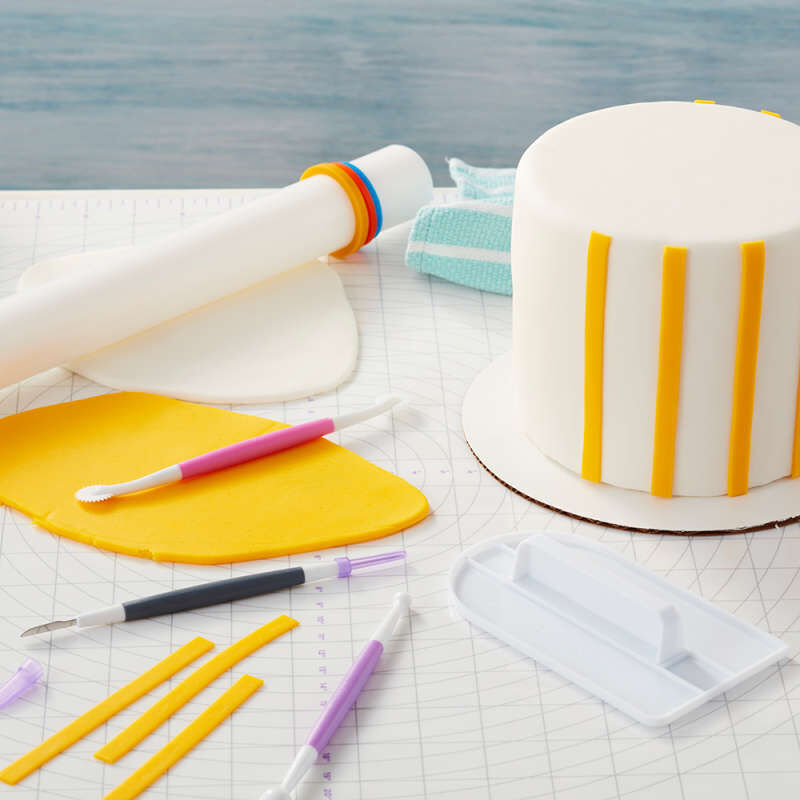 Large Fondant Roller with Guide Rings, 20-Inch - Fondant Tools image number 2