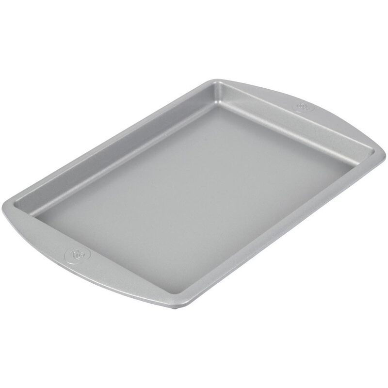 Rosanna Pansino by Non-Stick Baking Pan, 13 x 9-Inch image number 2