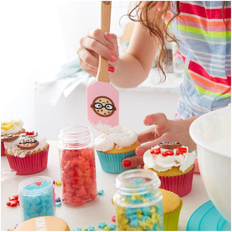 ROSANNA PANSINO by Nerdy Nummies Beginning Baker Gift Set image number 9