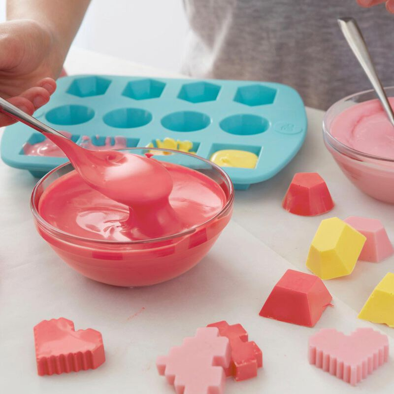 ROSANNA PANSINO by Candy Making Activity Kit - Silicone Candy Molds Set image number 5