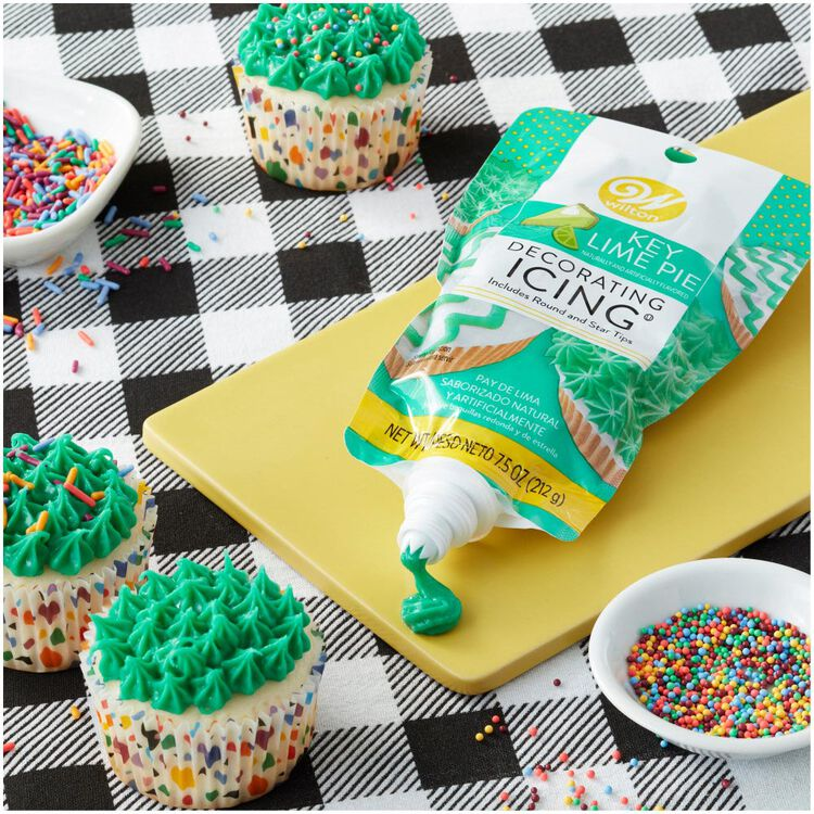 Key Lime Decorating Icing Pouch with Tips, 7.5 oz.