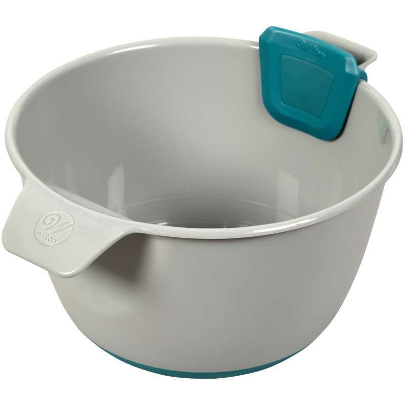 Versa-Tools Measure and Pour Mixing Bowl, 2-Quart image number 2