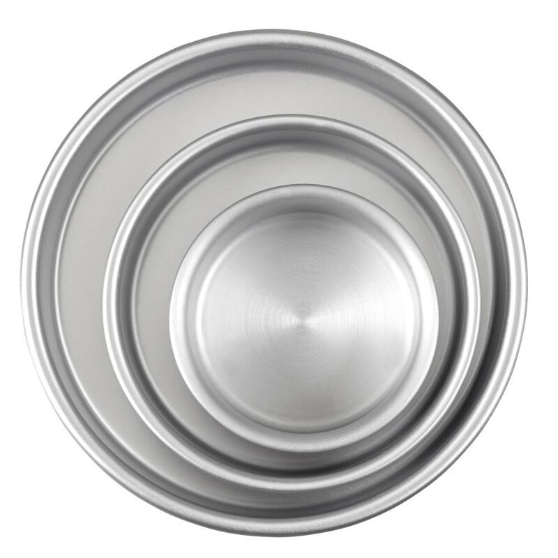 Aluminum Round Cake Pans, 3-Piece Set with 8-Inch, 6-Inch and 4-Inch Cake Pans image number 0