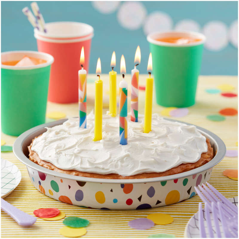 2811-0-0002-Wilton-Yellow-and-Pop-Art-Triangles-Birthday-Candles-12-Count-L1.jpg image number 2