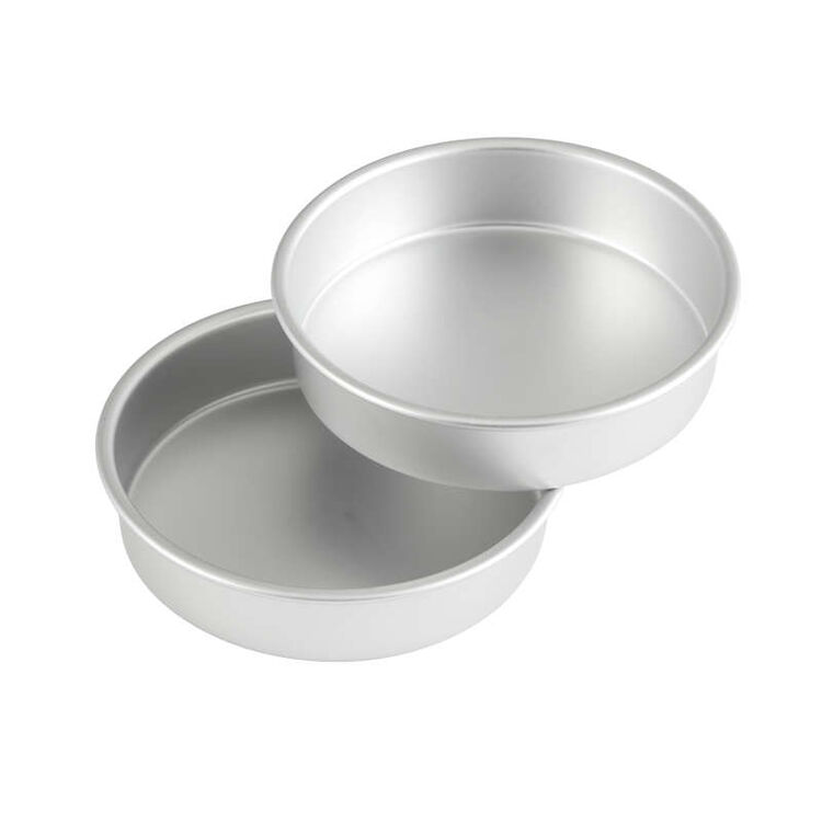8 Inch Cake Pan Set Out of Packaging