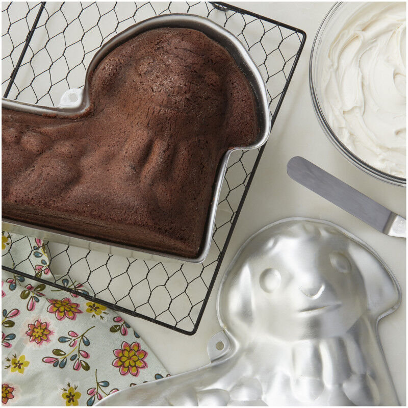 3-D Stand-Up Lamb Cake Pan Set, 2-Piece image number 2