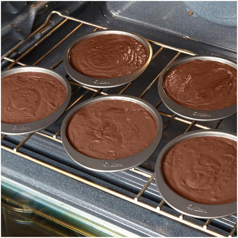 Easy Layers 5-Piece Layer Cake Pan Set, 6-Inch image number 7