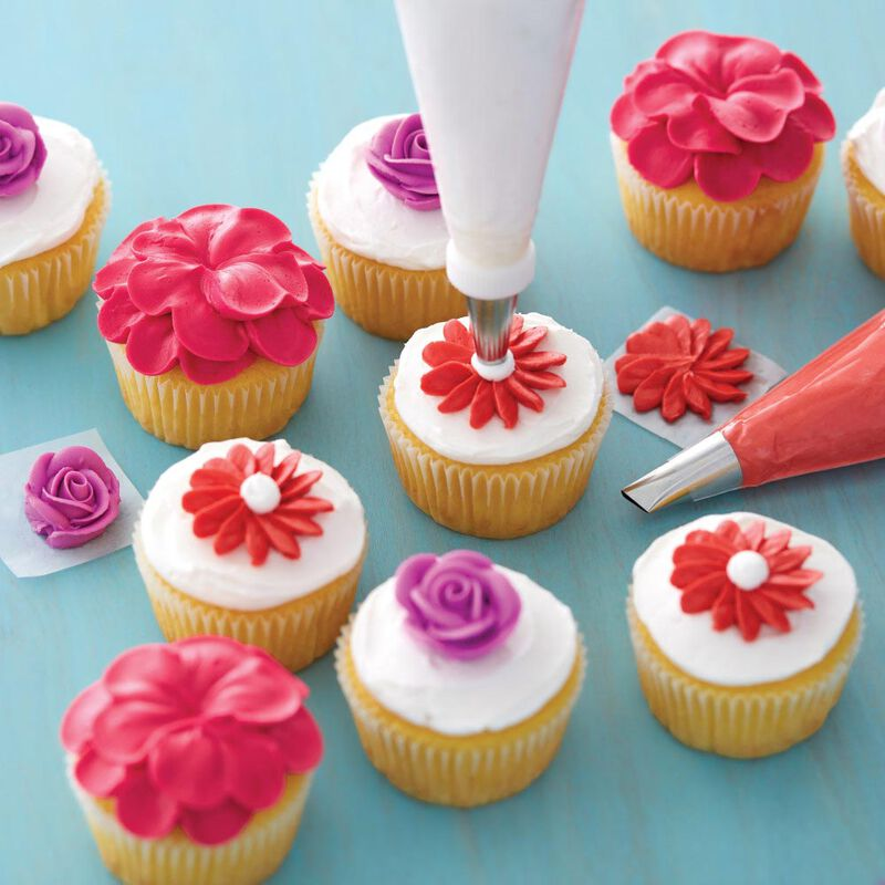 Cupcake Decorating Icing Tips, 12-Piece Set image number 3