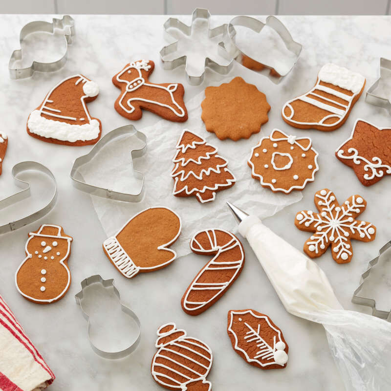 Holiday Shapes Metal Cookie Cutter Set, 18-Piece image number 4