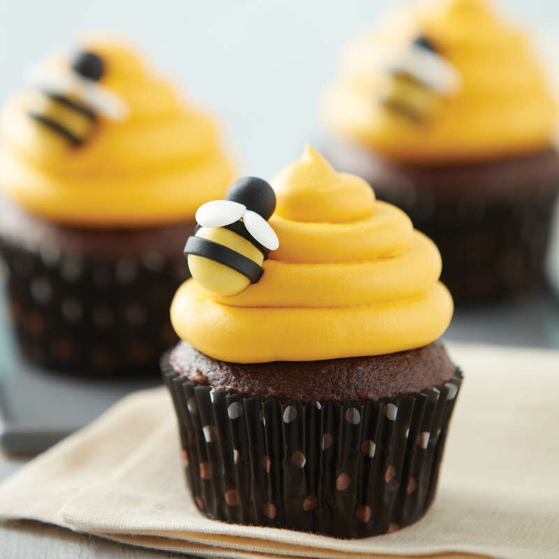 Bumble Bee Cupcakes image number 3