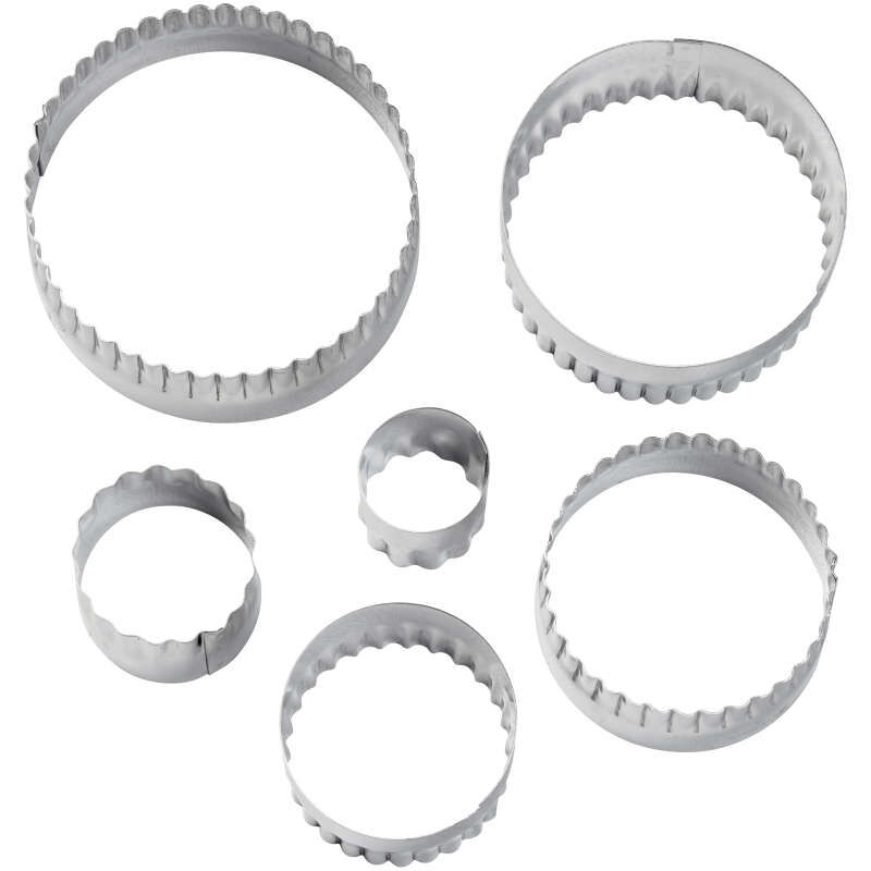 417-2581-Wilton-Double-Sided-Round-Cut-Outs-Set-6-Piece-A2.jpg image number 2