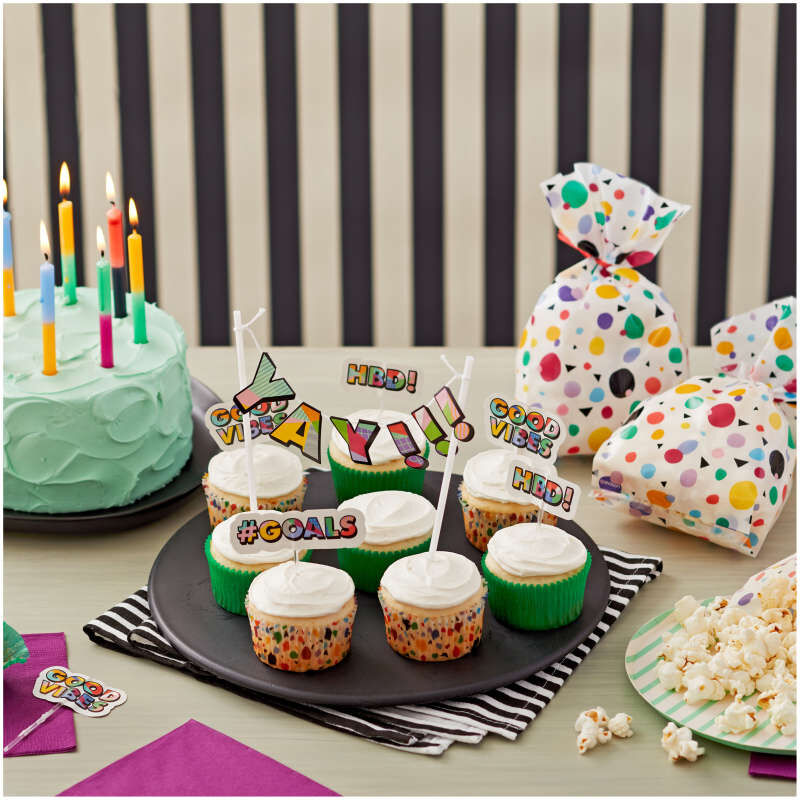 Birthday Party Decorating Kit Components in Use image number 4