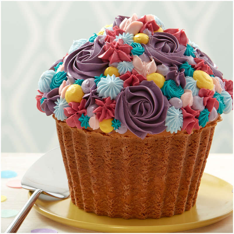 Floral Giant Cupcake Cake image number 4