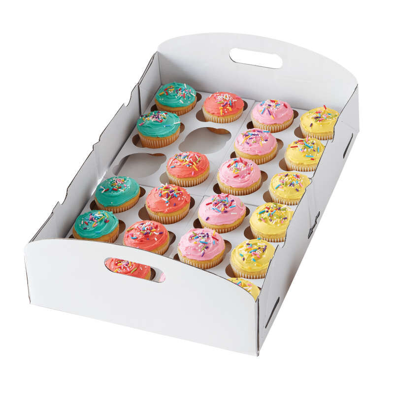 Cupcake Carrier in Use image number 1
