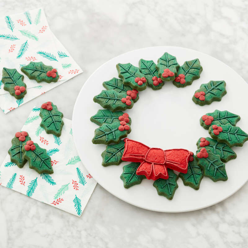 Non-Stick Holly Wreath Shaped Cookie Pan, 12-Cavity image number 5