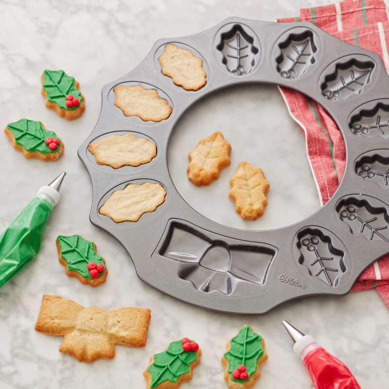 Non-Stick Holly Wreath Shaped Cookie Pan, 12-Cavity image number 4