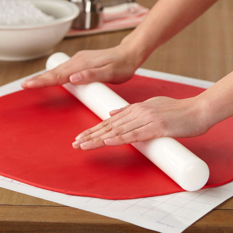 Large Fondant Roller with Guide Rings, 20-Inch