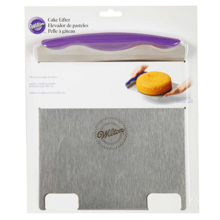 Cake Lifter in Packaging