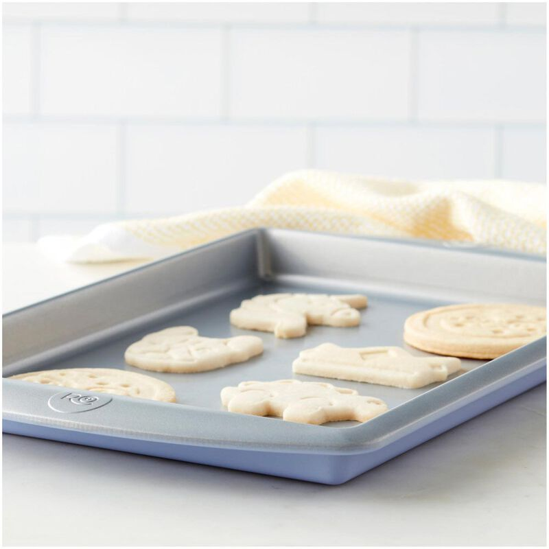Rosanna Pansino by Non-Stick Baking Pan, 13 x 9-Inch image number 4