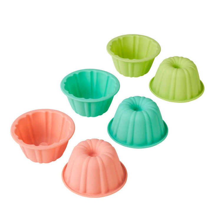 Mini Fluted Tube Silicone Baking Molds, 6-Count