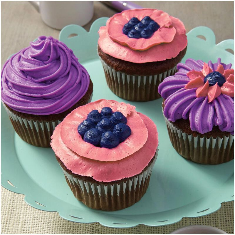 """I Taught Myself To Decorate Cupcakes"" Cupcake Decorating Book Set - How To Decorate Cupcakes image number 6"