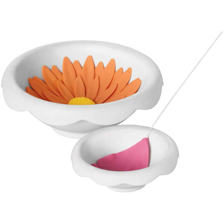 Flower Shaping Bowls in Use