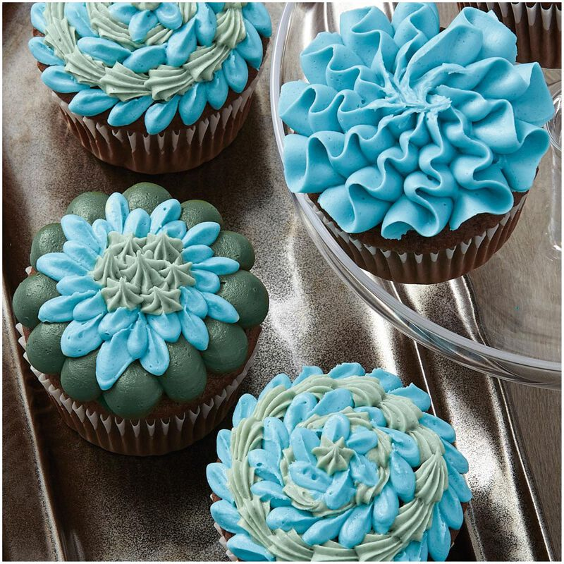 """I Taught Myself To Decorate Cupcakes"" Cupcake Decorating Book Set - How To Decorate Cupcakes image number 4"
