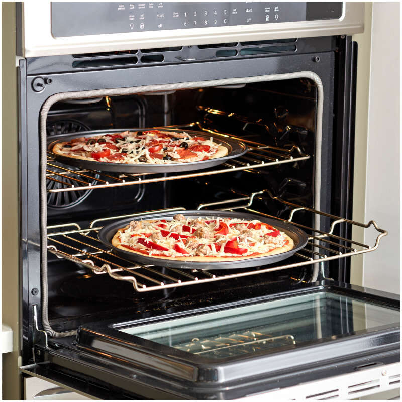 Perfect Results Non-Stick 14-Inch Pizza Pans with Holes, Multipack Set of 2 image number 3