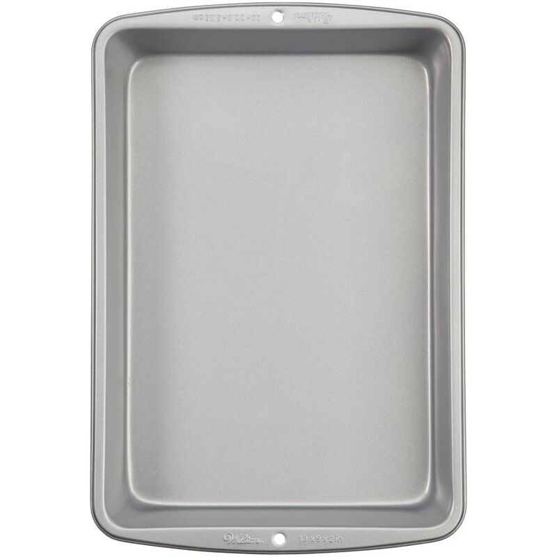 Recipe Right Non-Stick Oblong Pan 9 x 13-Inch Pan image number 0
