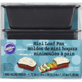 Wilton Mini Loaf Pan Set
