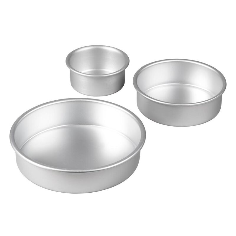 Aluminum Round Cake Pans, 3-Piece Set with 8-Inch, 6-Inch and 4-Inch Cake Pans image number 2